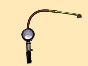 Приспособление с манометром д/накачивания и сдутия шин 22 АТМ